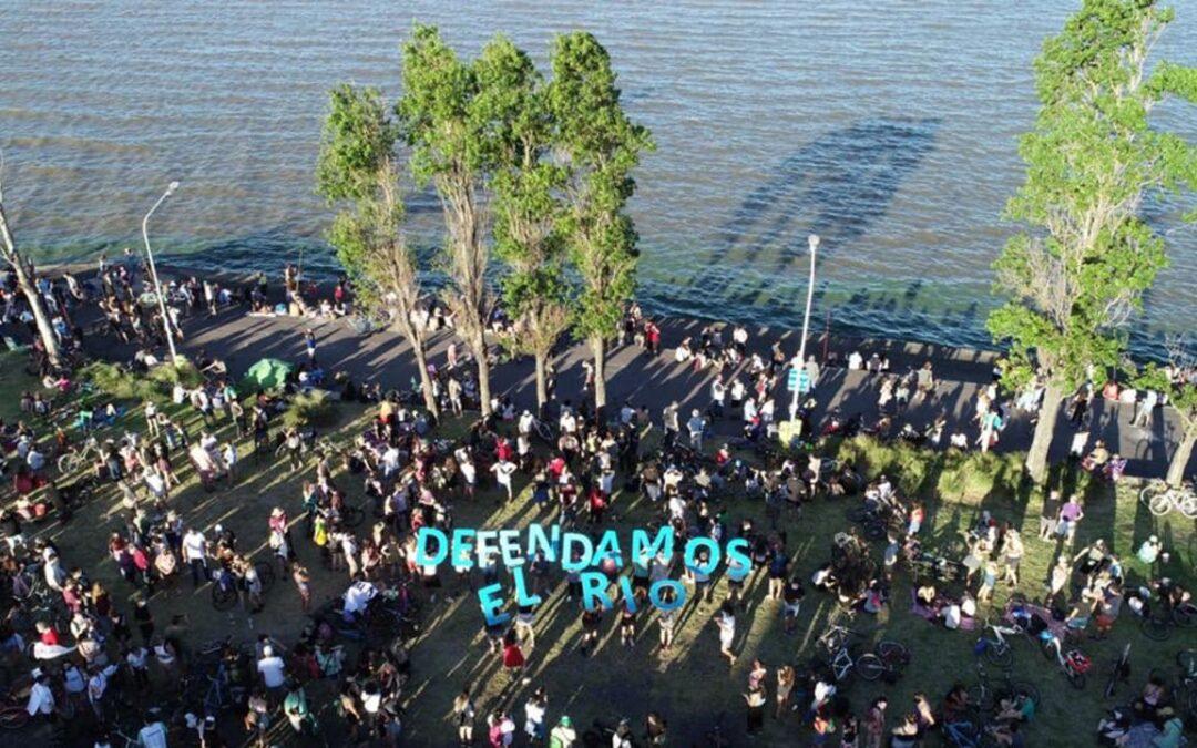 Alberto Fernandez sumó su firma a la iniciativa popular por un gran parque público en Costa Salguero.